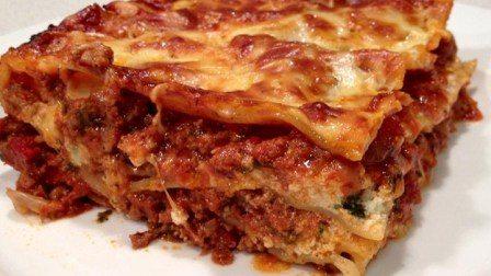 Sognare mangiare lasagne